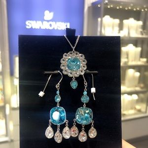 Authentic Brandnew Swarvoski blue crystal sets.